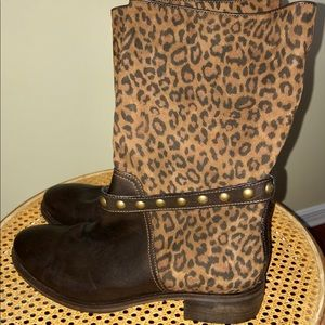 NWT Leather animal print mid calf boots size 40